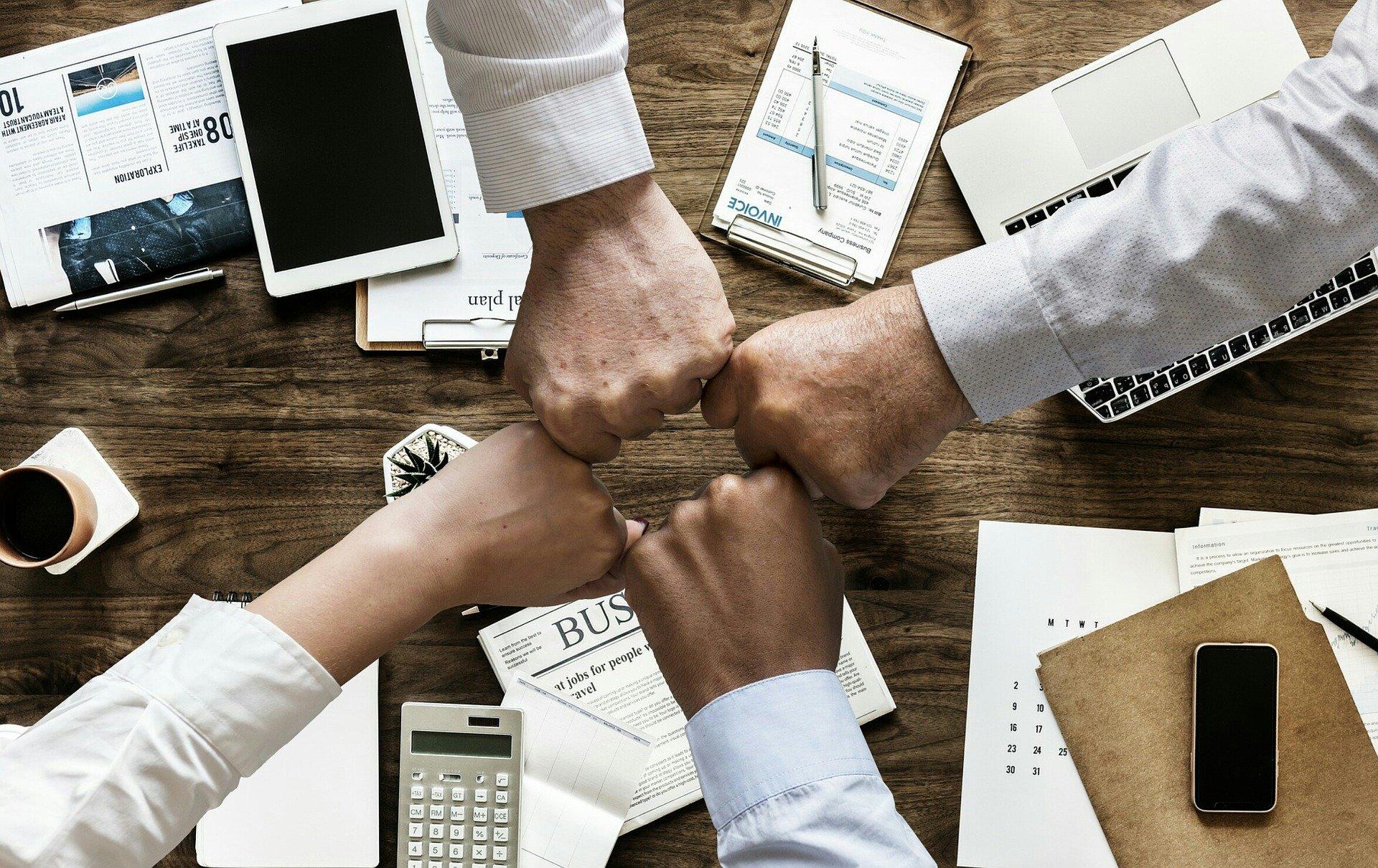 4 idées de business en ligne a lancer en Afrique avec son téléphone